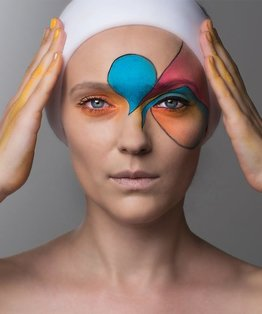 A themed tutorial on face painting for a fashion look