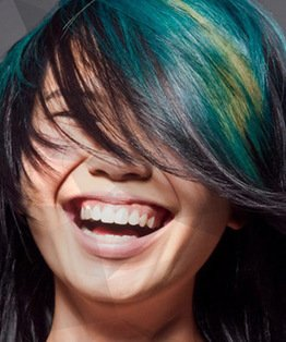 Colour Hair In Triangular Sections With Aquamarines
