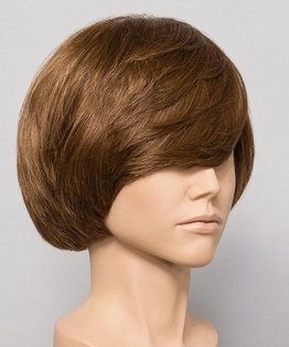 Mid-length Square Layered Shape Haircut