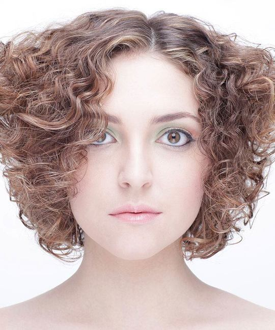 Triangular Layered Shape Haircut