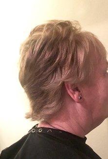 Short Round Graduated Haircut Variation
