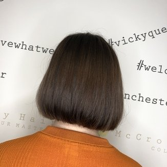 Medium One Length Bob Haircut